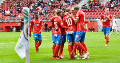Fotboll Superettan - HIF