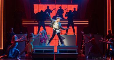 Grease på turné Helsingborg